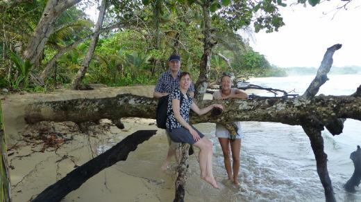 polynesische inselgruppe mit fünf buchstaben